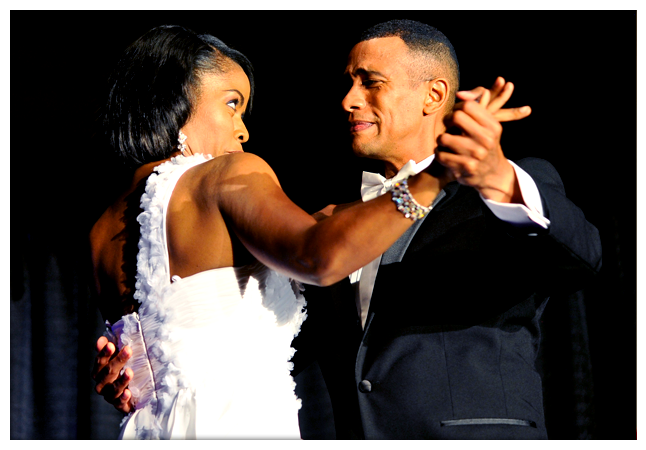 Barack Obama Impersonator Ron Butler And Michelle Obama Impersonator Vernetta Jenkins Dancing